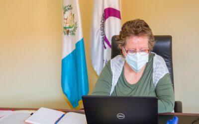 Reunión con titular de la Defensoría de la Mujer Indígena DEMI